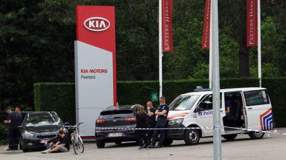 Politie valt binnen in garage van vriend Tanja Dexters