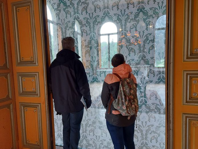 Kunstenfestival Watou lokt 29.000 bezoekers naar de Hoppestad. Het werd van Edith Dekyndt is een favoriet van cultuurschepen Loes Vandromme (CD&V).