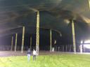De hoofdtent in Loosbroek, veel groter zijn ze in Nederland amper te vinden.