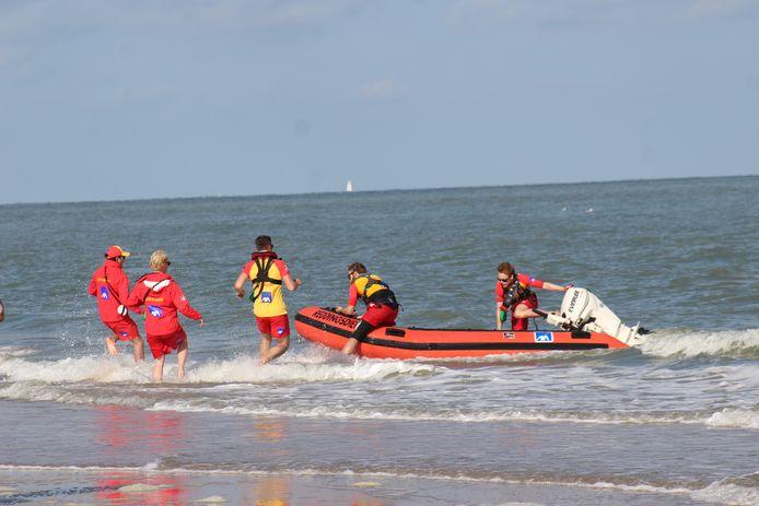 Archieffoto ter illustratie. De strandredders van IKWV tijdens een oefening.