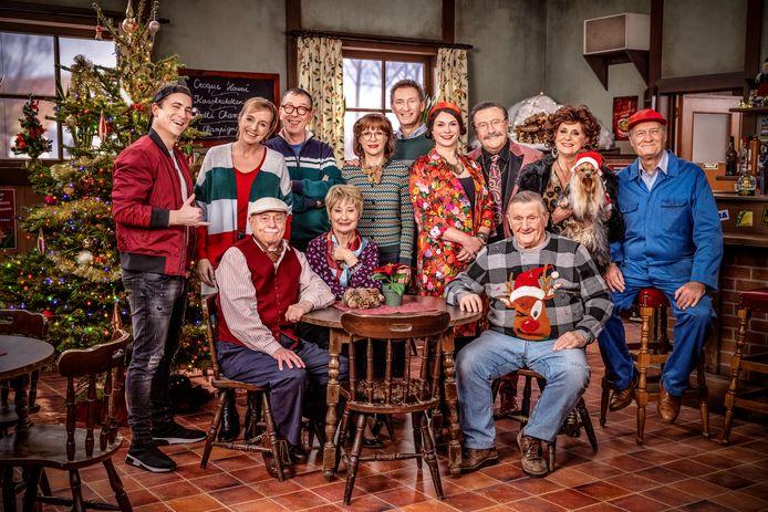 De cast van 'F.C. De Kampioenen' tijdens de opnames van de kerstspecial.