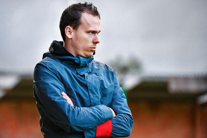 Jens De Decker, T1 van FCE Meetjesland, hoopt SK Denderhoutem het vuur aan de schenen te leggen.