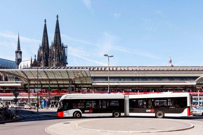 Elektrische bussen van VDL voor openbaar vervoer in Keulen.