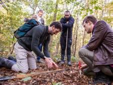 Archeologiestudenten sporen eeuwenoude grafheuvel op bij Elst: 'Dit is veelbelovend'