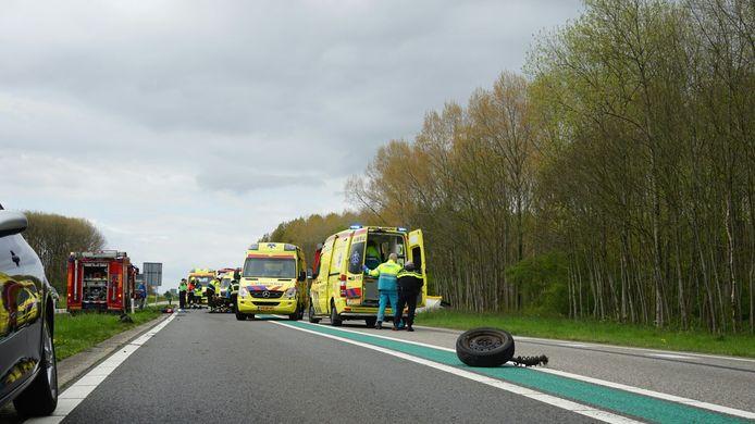 Door het ongeval was de Maas en Waalweg urenlang afgesloten.