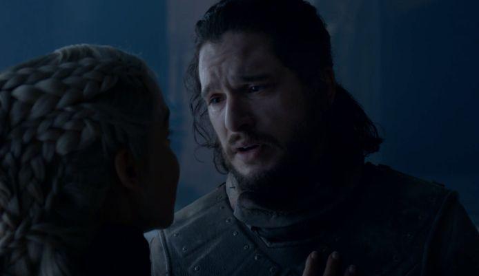 Jon krijgt door dat Dany niet te redden is.