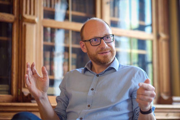 Cédric Halin: 'In 2024 haalt PVDA/PTB 20 à 25 procent van de stemmen, net als Vlaams Belang. Dat is rampzalig voor het land, maar de politieke klasse maakt het hun ook niet moeilijk.' Beeld Wim Van Cappellen