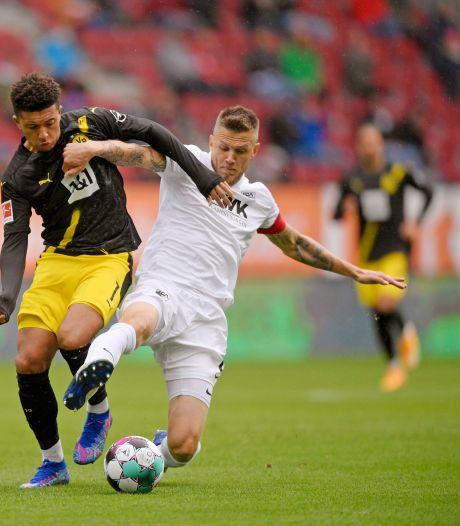 Dortmund begaat meteen misstap in eerste uitduel, Bosz speelt gelijk met Leverkusen