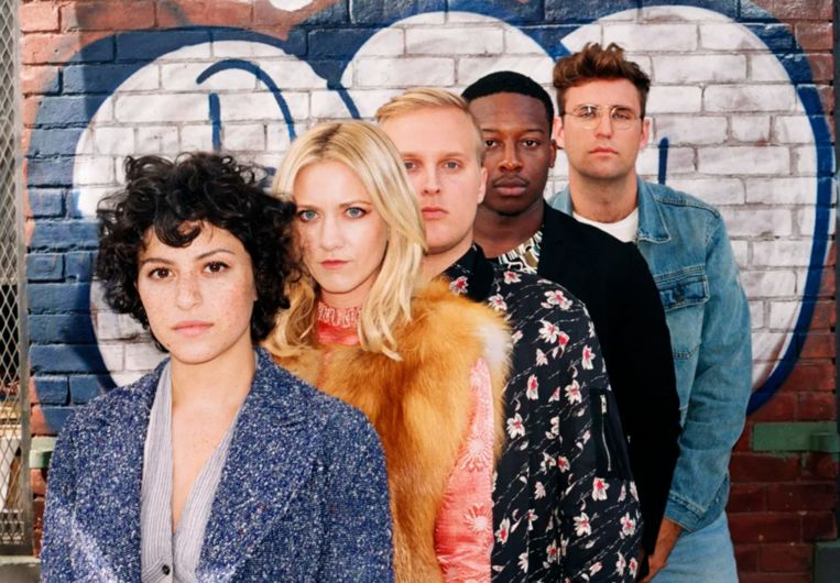 Search Party Beeld Streamz