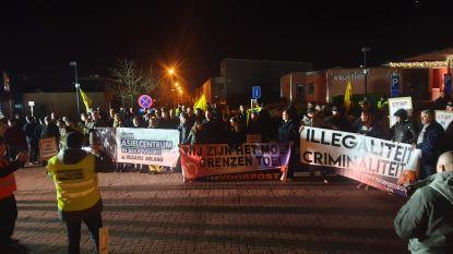 Protestactie tegen asielcentrum Bekkevoort lokt massa volk