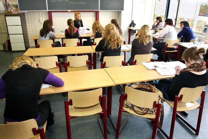 De komende jaren daalt het aantal leerlingen op de meeste middelbare scholen, wordt voorspeld.