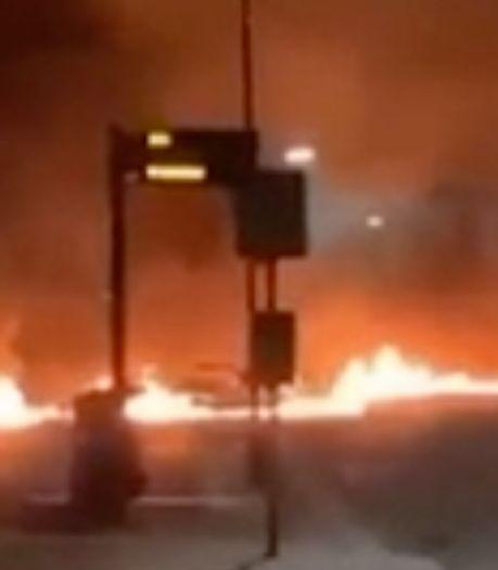 Jongeren steken straat in Wijk bij Duurstede in brand