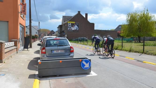 Nieuwe fietssuggestiestrook wordt nog aangebracht in Schoolstraat
