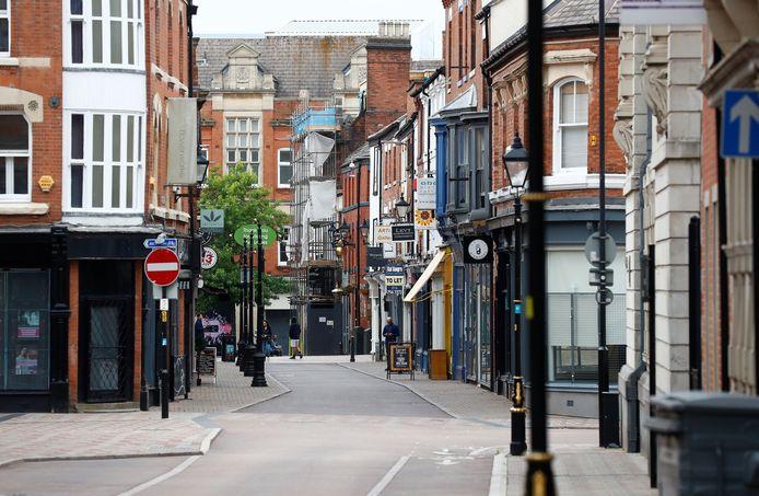 Praktisch lege winkelstraten in Leicester na de nieuwe lockdown.