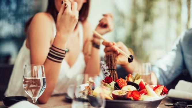 Wie een restaurant uitzoekt, laat de mening van anderen zwaar meewegen