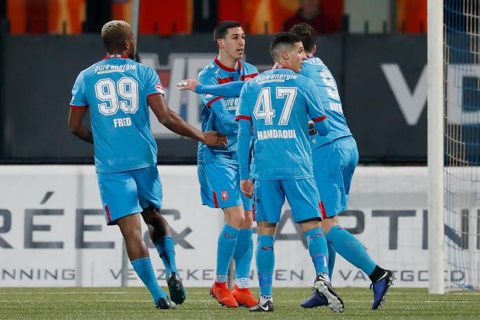 Aitor viert de goal tegen Jong PSV. De Tukkers wonnen met 2-0.