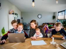 Thuisonderwijs met ACHT kinderen: hoe doet Linda (bekend van Een Huis Vol) dat?