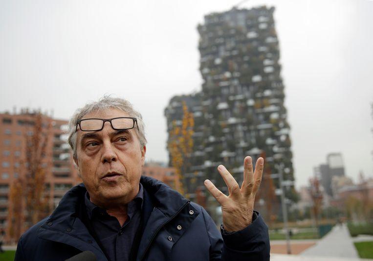 Stefano Boeri aan de Porta Nuova in Milaan. Beeld AP