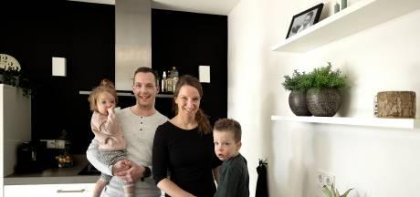 Echtpaar uit Someren bouwt app voor baby's die beginnen met eten van vaste voeding