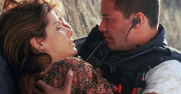 Keanu Reeves en Sandra Bullock in Speed. Beeld