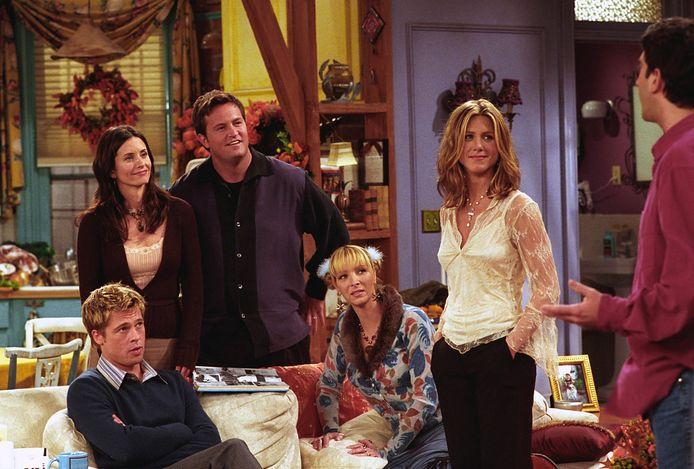 """Si la série rencontre tant de succès, c'est notamment parce qu'elle permet à la nouvelle génération d'échapper à son quotidien. """"Dans Friends, on a six amis qui profitent de la vie ; c'est une projection de ce qu'on ne peut plus faire depuis 15 mois"""", explique Mathieu de Wasseige."""