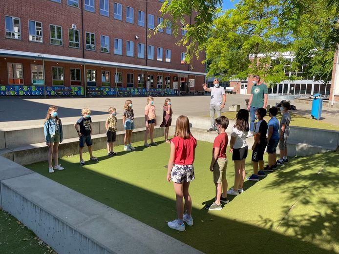 Kinderen leren zelfzeker worden met 'Pitstop'.