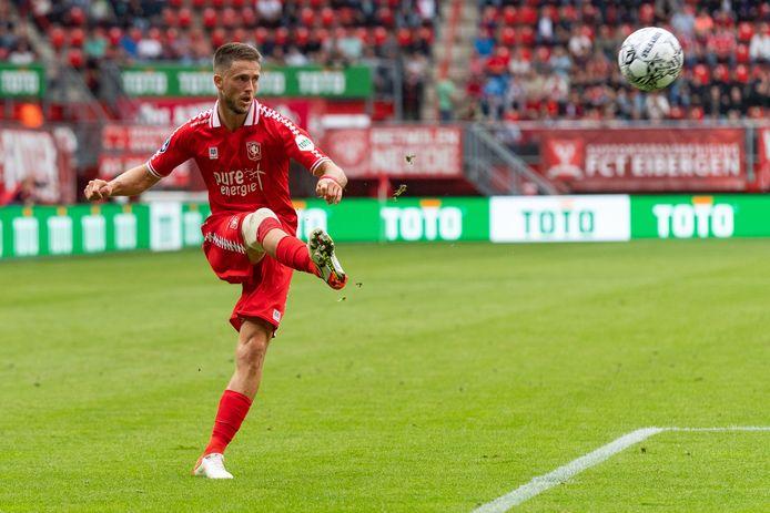 Ricky van Wolfswinkel keert in het shirt van FC Twente terug in GelreDome.    during the match Twente - Utrecht