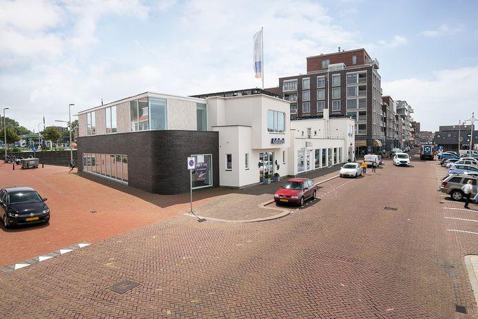 Het gebouw van de Rabobank in de Scheveningse haven wordt geveild.