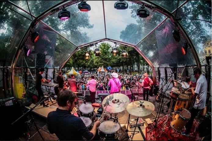 Embassy Festival op het Voorhout.