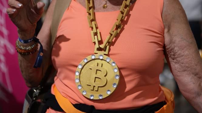 Flinke koersval bitcoin op rustige beursdag in VS