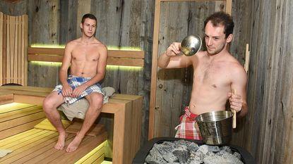 Tim en Nathan zijn beste saunameesters