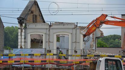 Beschermd stationsgebouw afgebroken met oog op heropbouw