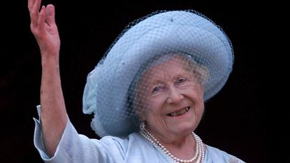 Sterke vrouwen achter de succesvolle man: Elizabeth de Queen-Mother: de 'gevaarlijkste vrouw van Europa' redt de Britse monarchie