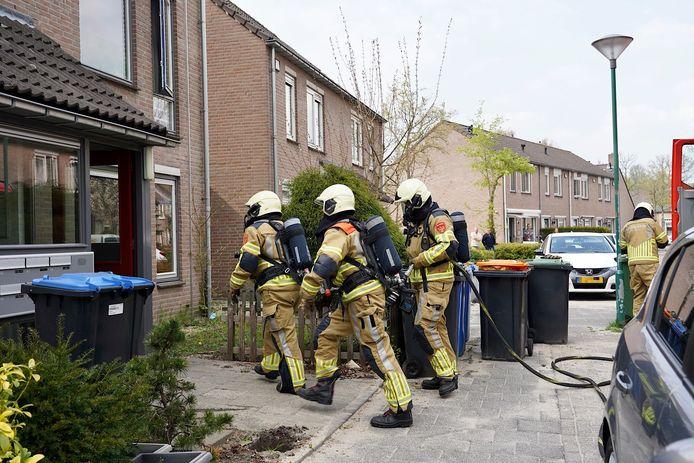 De brandweer rukt uit voor een oververhitte airfryer.