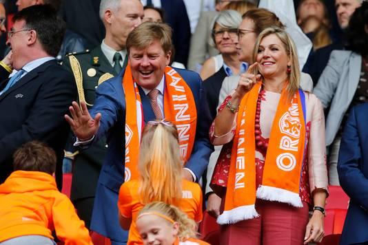 Koning Willem-Alexander en Koningin Maxima tijdens het EK in 2017.