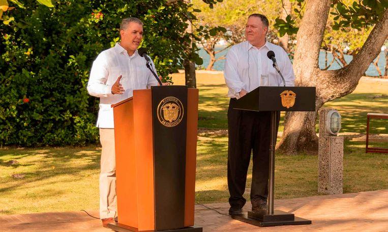De minister van Buitenlandse Zaken van de VS, Mike Pompeo, (rechts), en de president van Colombia, Ivan Duque (links)