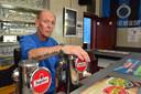 Nick Degezelle (57), sinds begin dit jaar de uitbater van café De Kroon in Menen, waar Valérie Cerdan 23 jaar geleden de Franse gangster Pierre Joubert neerschoot.