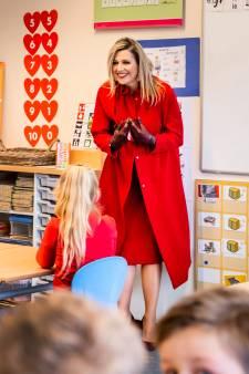 Bijzonder bezoek voor basisschool: Koningin Máxima praat met kinderen over coronapandemie