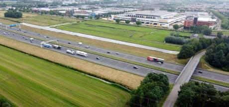 Woerden slaat alarm: vrees voor verkeerschaos en schade aan wegen bij afsluiting A12