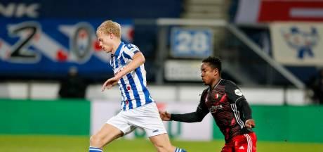 Van Hecke neemt in knotsgekke wedstrijd revanche op Feyenoord