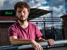 Jonge voetbaljournalist (25) volgt Go Ahead Eagles jaar lang op de voet: 'Mijn favoriete club in Nederland'