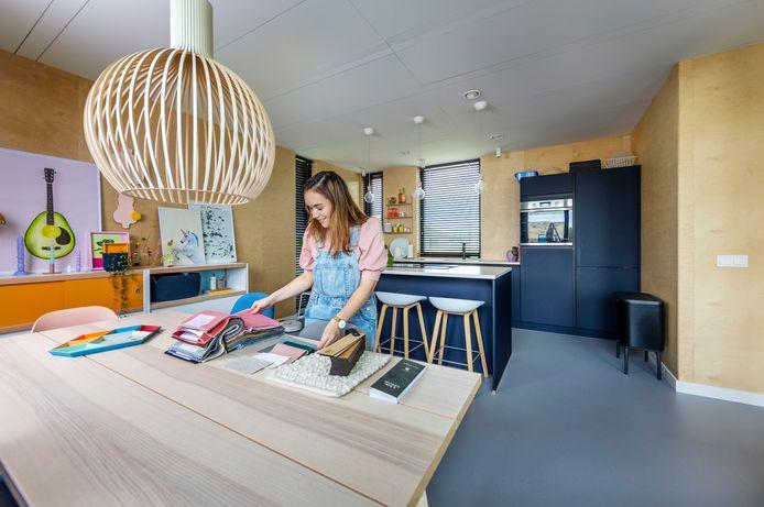 Anouk Lindgreen: ,,Zorg voor kleur in huis en mix design met tweedehands en Ikea.''