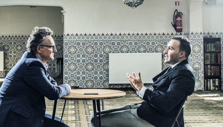 Joël De Ceulaer en Khalid Benhaddou. Beeld Franky Verdickt