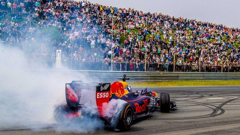 Max Verstappen in actie op het Zandvoortse circuit tijdens de Jumbo Racedagen deze zomer Beeld ANP