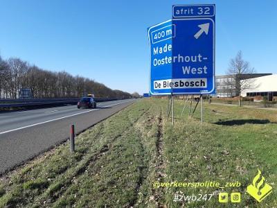 Gevaarlijke automobilist van A16 gehaald bij Prinsenbeek.
