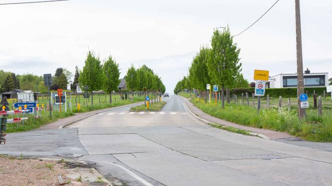 Kilometerslange omleiding via Pamel, Strijtem en Borchtlombeek voor werken in Gravenbosstraat