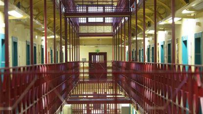 """60 gevangenen in hongerstaking in Antwerpen: """"Onze situatie is onmenselijk en onhoudbaar"""""""