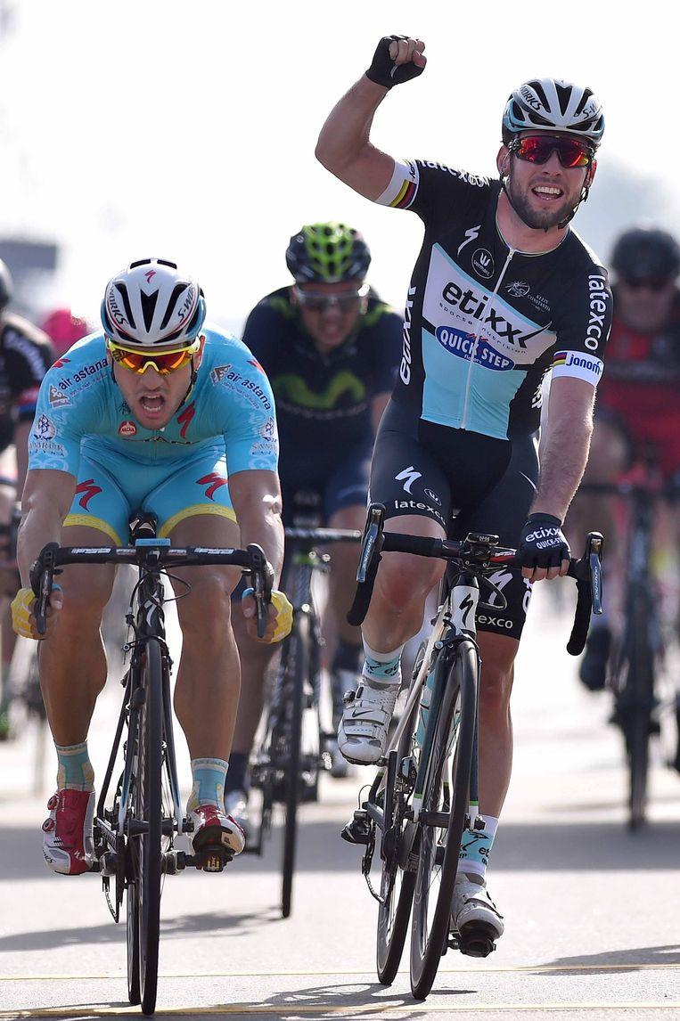 Cavendish haalde het nipt voor Guardini. Beeld Tim De Waele