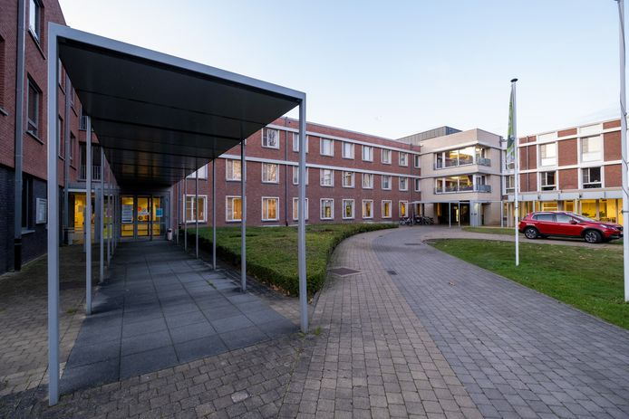 Het dienstencentrum in Kwakkelenberg, dat grenst aan het woon- en zorgcentrum, wordt de komende legislatuur gerenoveerd.