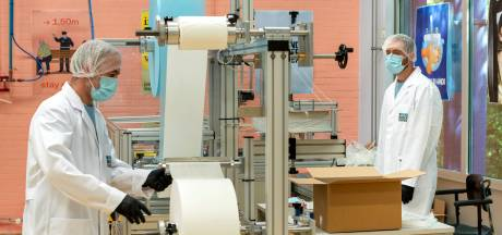 Voorraad mondmaskers overheid puilt uit, Arnhemse fabriek hoopt op nieuwe markt: tandartsen